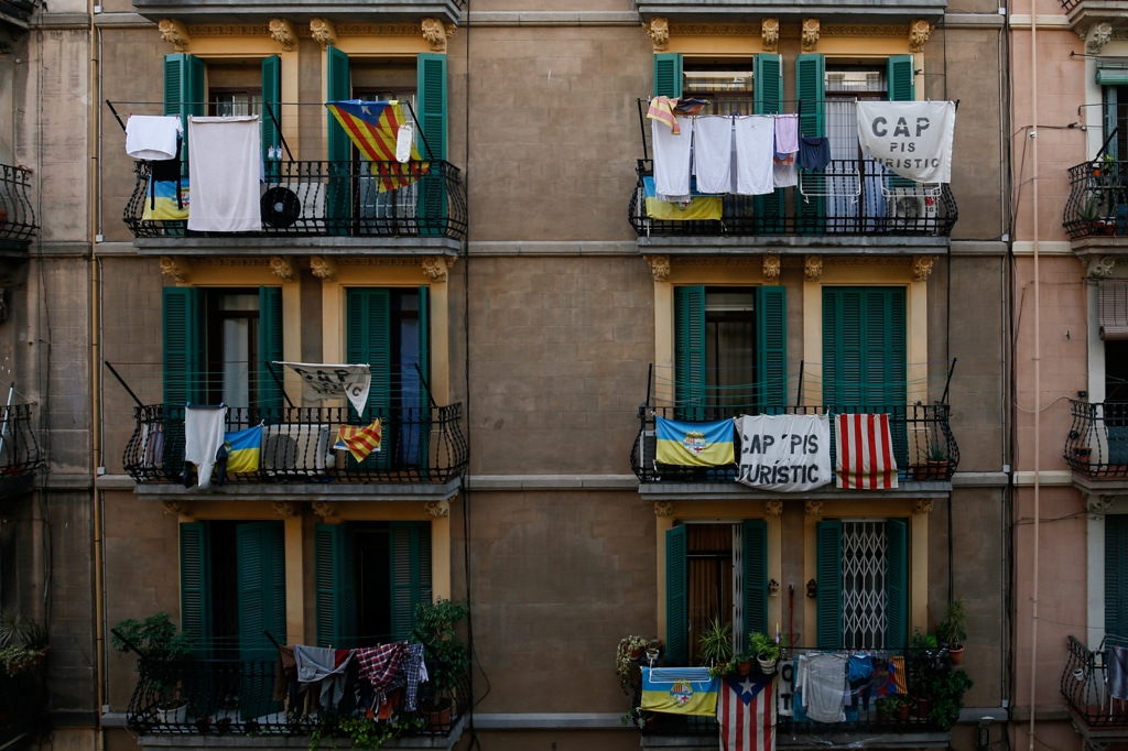La rivolta contro airbnb for Arredamento lupin castel volturno